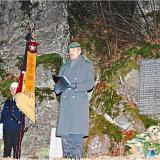 In Regenhütte hielt Kompaniechef Neudecker die Mahnrede vor der Gefallenen-Gedenkstätte am Waldrand. −F.: privat/FFW Regenhütte